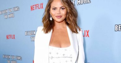 Chrissy Teigen Recalls 'Stress' and 'Shame' Over Having Trouble Breastfeeding: 'Normalize Formula'